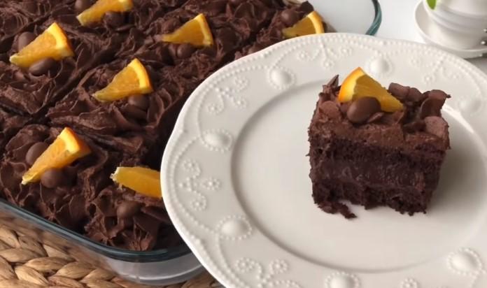 Borcamda çikolatalı yaş pasta tarifi