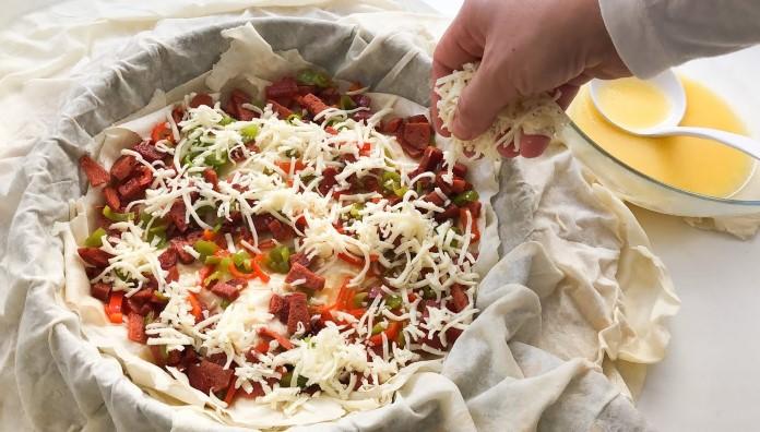 pizza tadında tava böreği tarifi